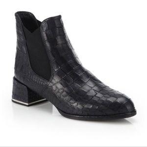 Stuart Weitzman Crocodile Leather Booties Sz 6